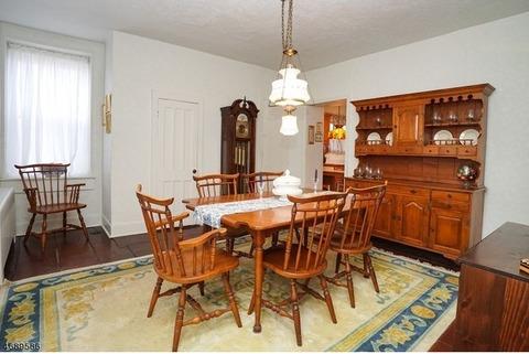 Sprague & Carlton Maple Dining Set